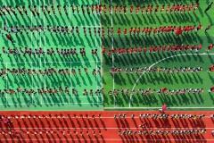 """""""Sportsmen Under the Sun"""" Ehrenplatz in der Kategorie """"People"""" © By Senrong Hu"""