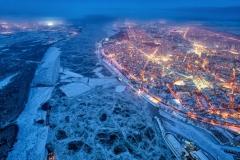 """""""Cold Winter Night"""" Ehrenplatz in der Kategorie """"Urban"""" © Yavor Michev"""